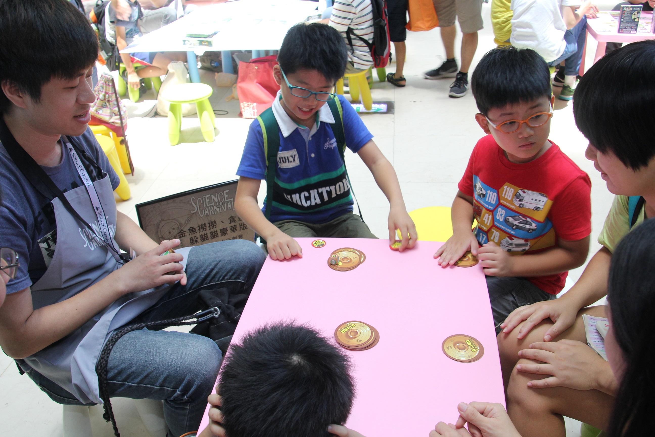 笛卡兒的瘋狂桌遊9個攤位讓民眾免費玩